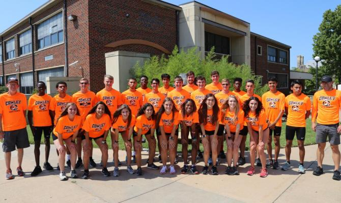 THE COWLEY College women's cross country team has its sights on a national title after making the move to NJCAA Division II competition